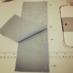 How to Sew a Piped Seam Tutorial